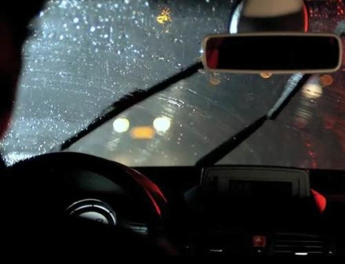 Ecco le regole del Codice della Strada in caso di pioggia